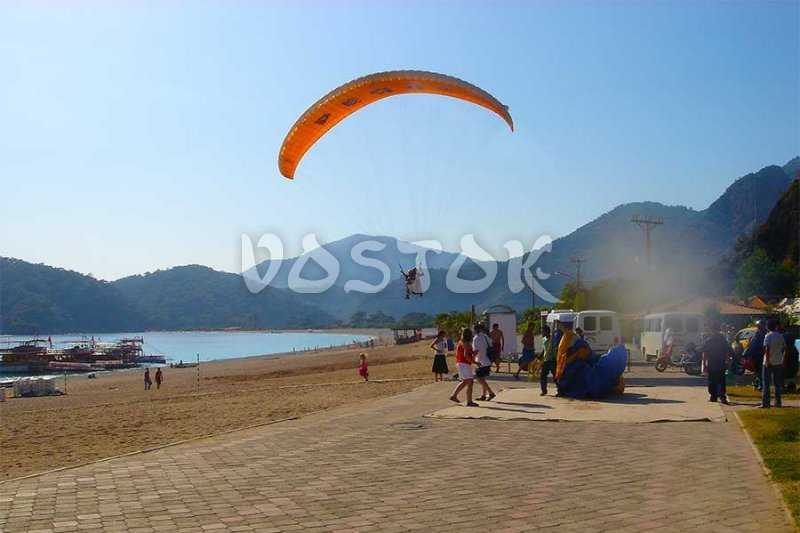 Runaway on Oludeniz beach is available for landing