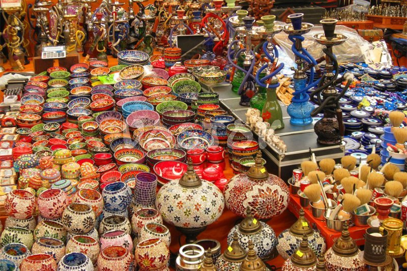 Souvenirs and ceramics at Fethiye market