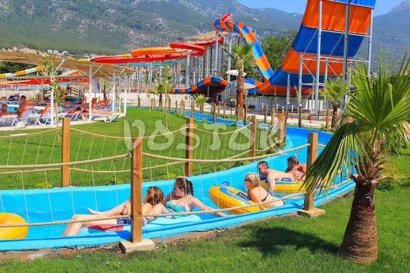 The Lazy River for rafting in Ovacik Water World