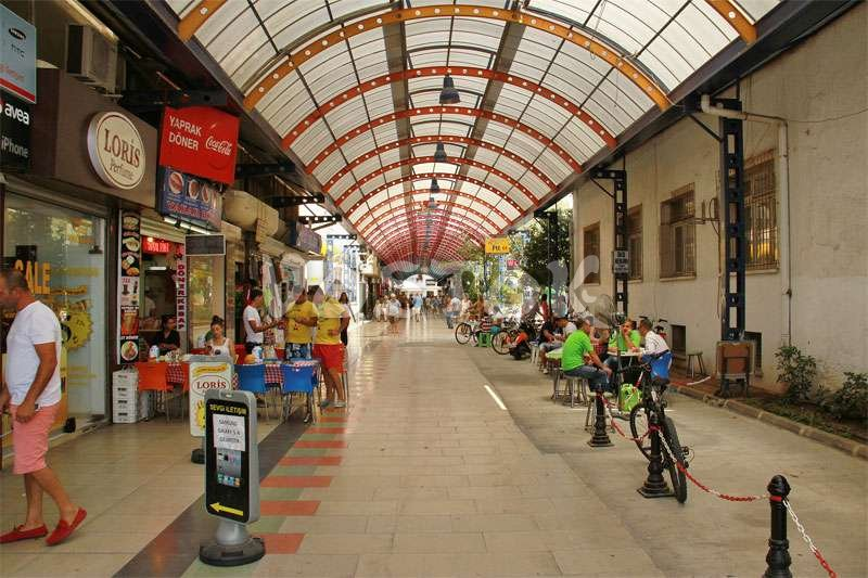Bazaar and shops in Marmaris