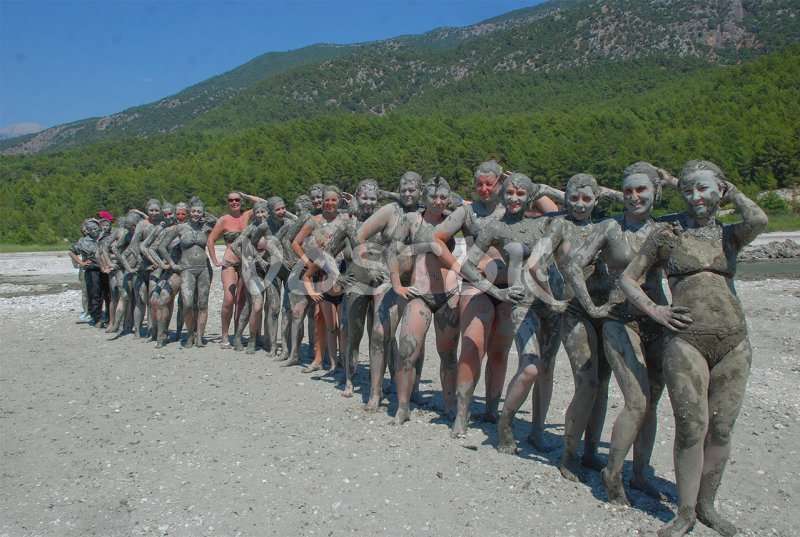 Mud beauty contest - Patara Jeep Safari