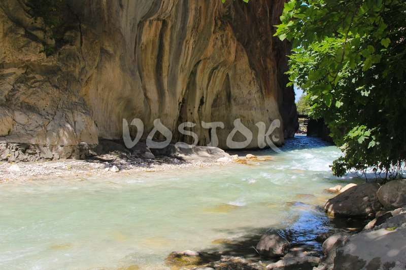 Water looks blue because of the white stones in the river - Saklikent Tlos Yakapark Tour