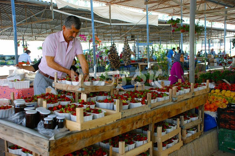Delicious strawberry at Gocek market