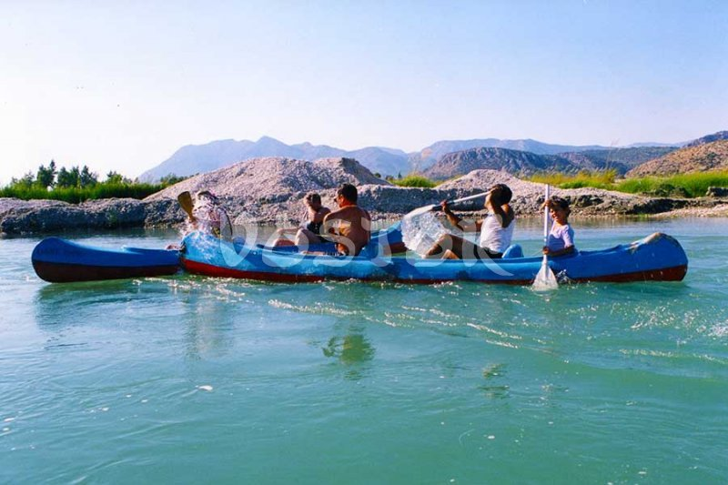 Your child can be third in canoe during our Xanthos river canoeing tour