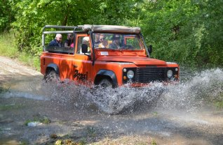 Land Rover Safari