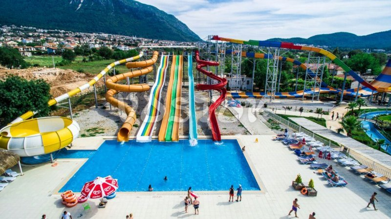 Front water slides are too exciting to pass by - Hisaronu water park
