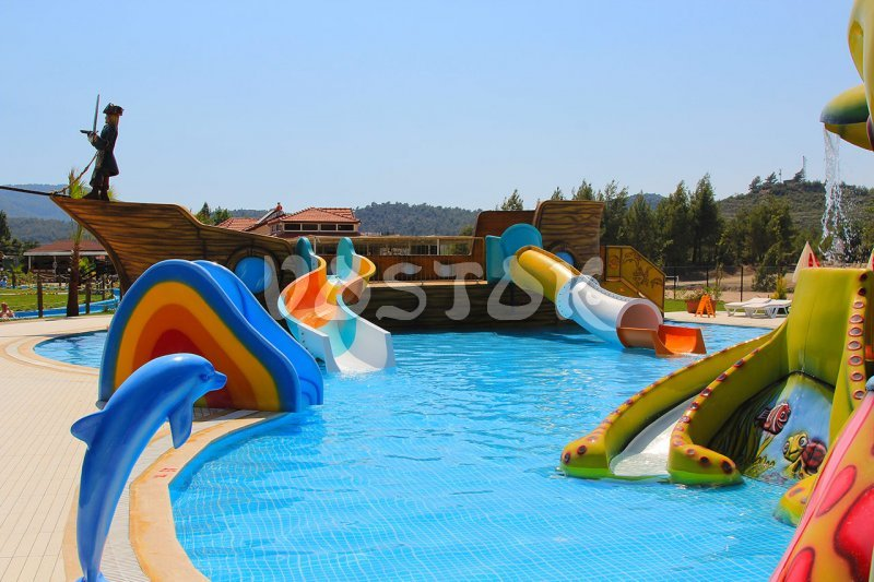 Children swimming pool with Octopus slide and Pirate Ship slide - Oludeniz Water World