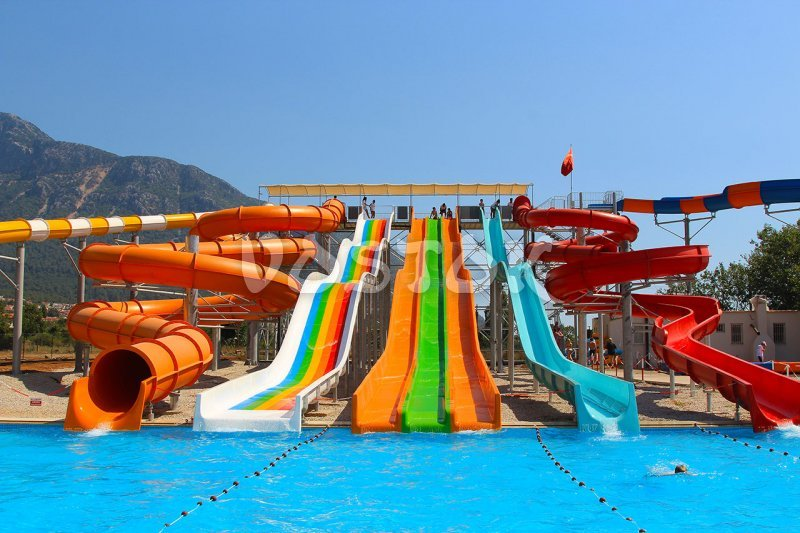 View on swimming pool and some slides - Fethiye aqua park