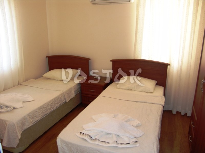 Bedroom with two single beds - Oasis Village Fethiye Turkey