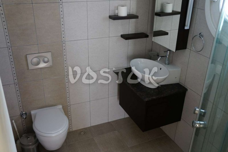 Ensuite bathroom in master bedroom - G7 Blue Green Apartments in Calis