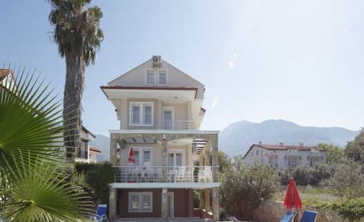 <p>The 5 bedroom Mountain View B Villa near Hisaronu center with privte pool for 10 people.</p>