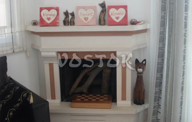 Functioning fireplace in living room - Oriana villas in Ovacik