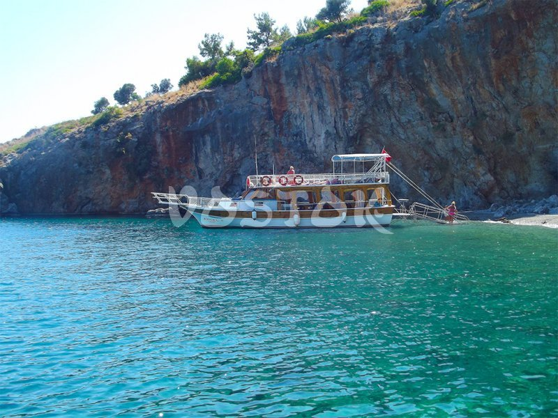 Angel boat is big enough for comfortable boat trip - Private Boat Hire Fethiye