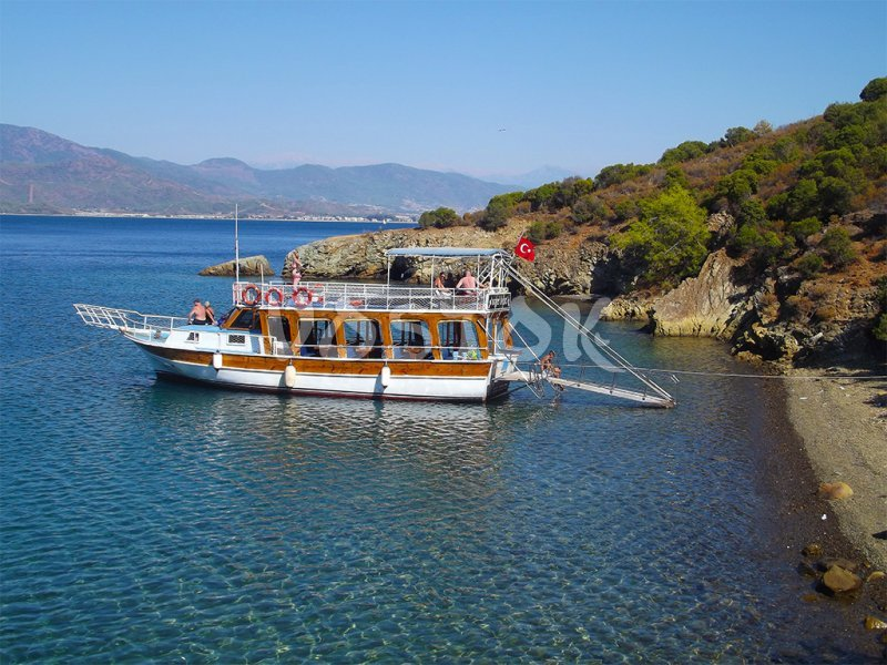 Swimming break during private boat trip from Fethiye