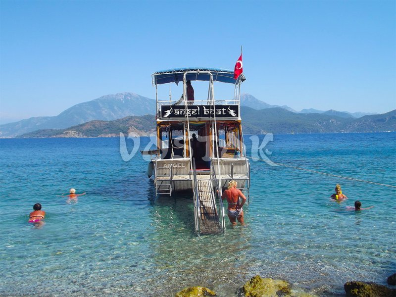 Angel boat will take you to secluded bays of gulf of Fethiye - Private Boat Hire Fethiye