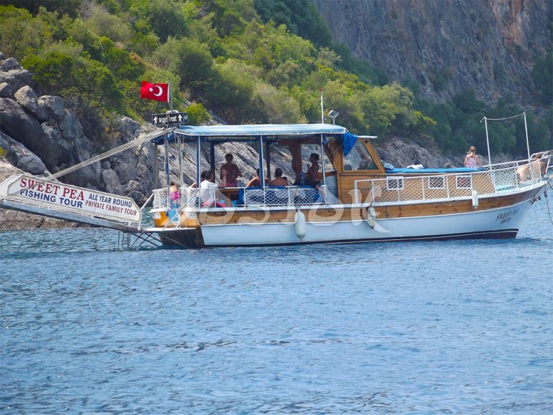 Sweet Pea boat is cozy in comfortable - Private Boat Hire Fethiye
