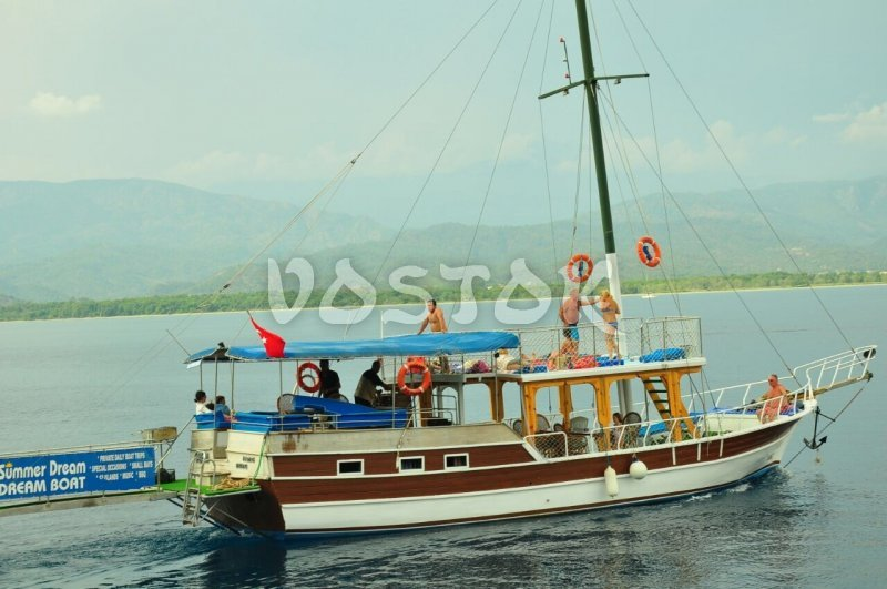 Birim 1 boat for private hire from Fethiye harbor is the right boat for those who wants to have a sail