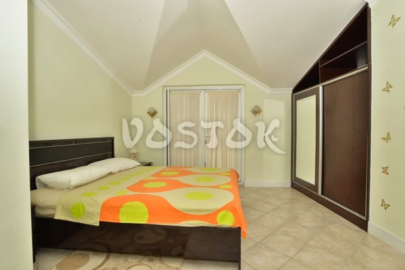 Attic floor bedroom - Seaside Villa in Calis Beach