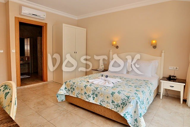 Bedroom with double bed - Blue Lagoon Hotel Oludeniz