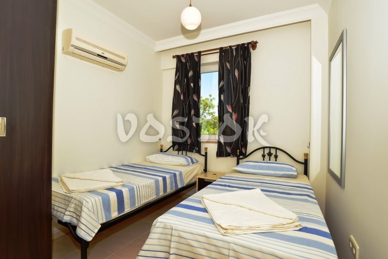 Twin bedroom - Saros Apartments in Calis Fethiye