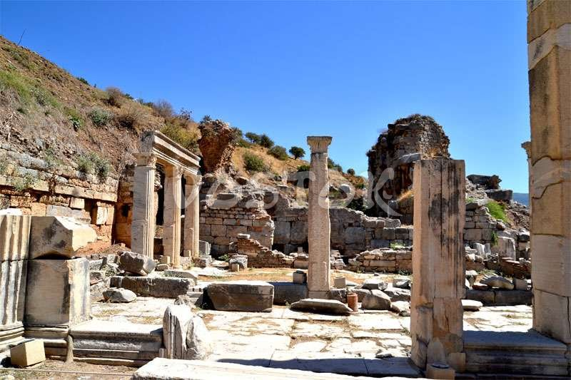 Visit Ephesus ruins during guided tour to Pamukkale and Ephesus from Fethiye Oludeniz Hisaronu
