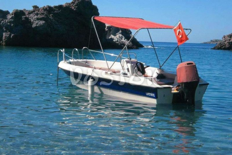 Regular speed boat hire Oludeniz is available on hourly basis