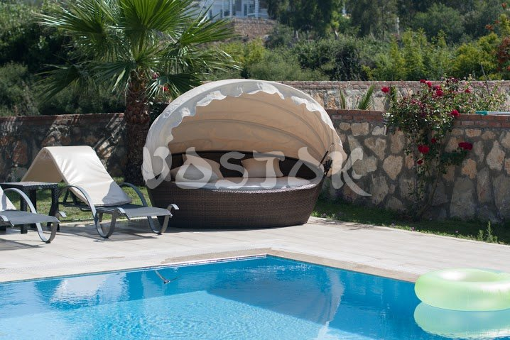 Tented pool bed for two - Orka Valley Villa #1