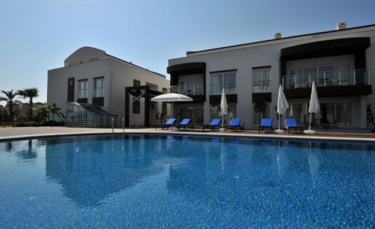 <p>The Odyssey Residence is in a perfect location just 200 m from the sea about 4 km from the Calis area of Fethiye on the coast of Turkey. Designed and constructed with 5 Star standards, this friendly luxury boutique Odyssey apartment complex is ideal for couples and families with a wide range of shops and restaurants just steps away, and 29 attractive standard, superior and deluxe suites overlooking a sparking swimming pool, the beautiful garden, or the azure Sea.</p>